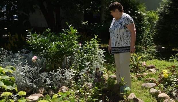 Создательница уникального цветника стала почетным жителем Марьиной рощи