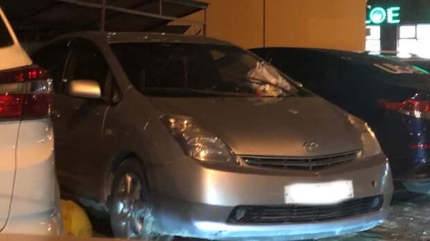 ВТюмени мстят водителям, которые перекрывают доступ кмусорным бакам