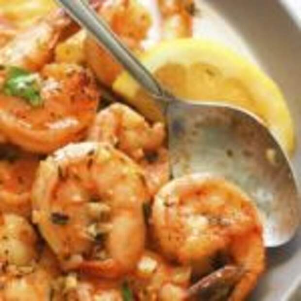 Жареные креветки с чесноком и соевым соусом за 5 минут
