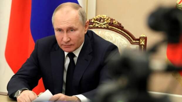 Американский тележурналист Симмонс рассказал о беседе с Путиным за кадром