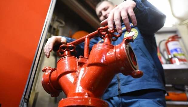 В Подольске ликвидировали возгорание в гараже