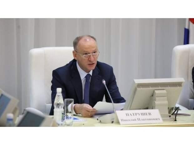 Путин между Кудриным и Патрушевым