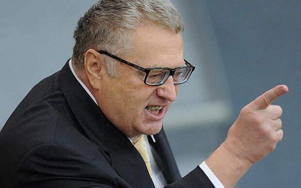 Жириновский разошелся в Госдуме по Сирии, нефти и вирусу