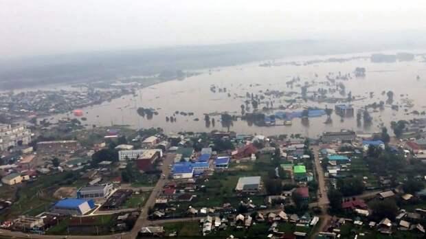 Уровень воды в реке Ия в Тулуне пошел на спад