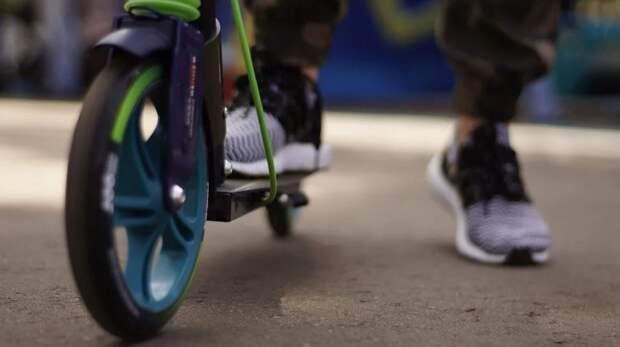 Ребенок упал с самоката из-за открытого люка в Химкинском лесопарке