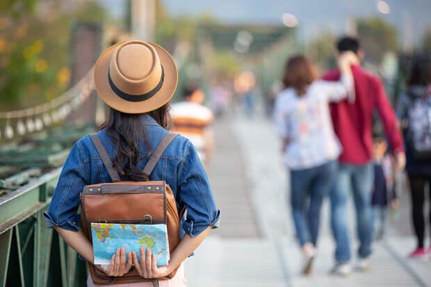Эксперты назвали сроки восстановления выездного туризма
