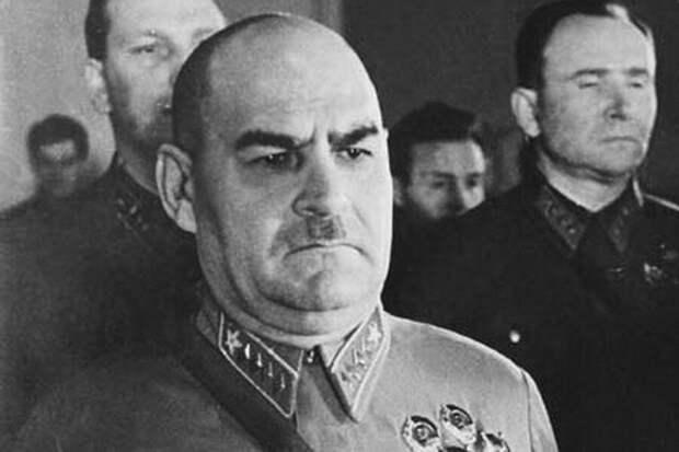 За что Сталин расстрелял своего друга – маршала Кулика