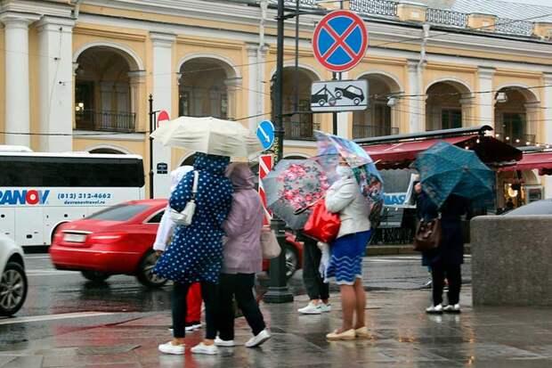 Санкт-Петербург готовится к сильному шторму