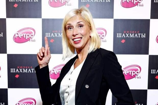 «У меня другая фамилия!»: почему красавец-сын скрывает родство с Аленой Свиридовой
