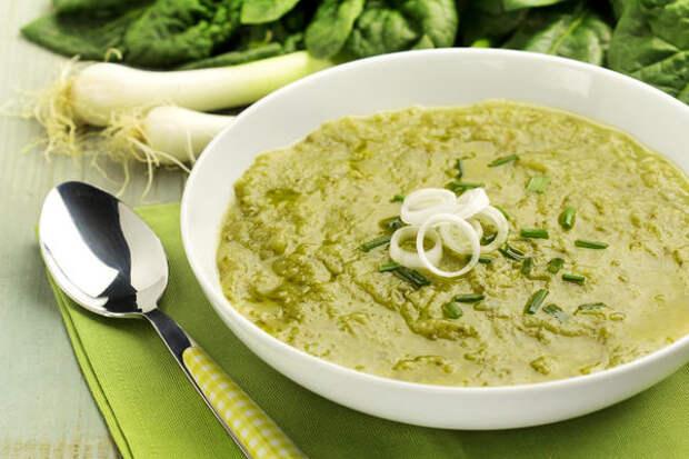 Суп-пюре со шпинатом и картофелем
