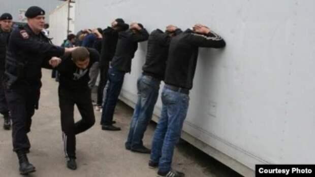 Уполномоченный по правам человека при президенте РФ раскритиковал госдумский закон о мигрантах