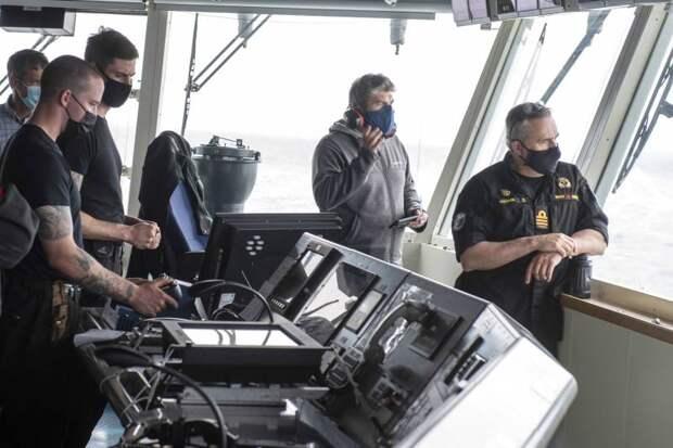 Новейшие патрульные корабли арктической зоны AOPS / Harry DeWolf (Канада)