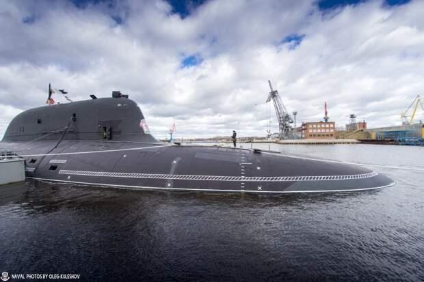 Атомный подводный ракетоносец К-561 «Казань» вступил в строй Российского флота в канун Дня Победы