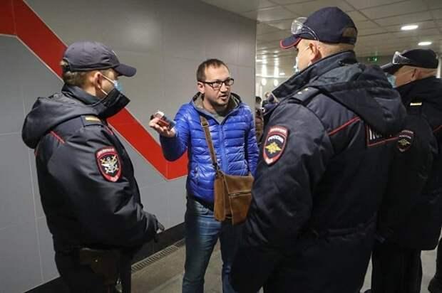 В России предлагает разрешить «стрелять или бить на поражение, если в период пандемии есть реальная угроза заражения».
