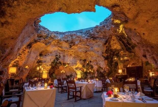 13 ресторанов планеты, которые расположены в самых необычных местах