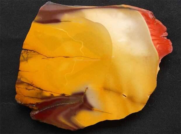 Мукаит(Моокаит): свойства и кому подходит камень по знаку зодиака