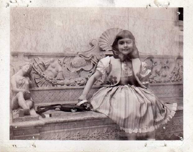 15 колоритных фотографий о жизни цыган в 1960-х годах