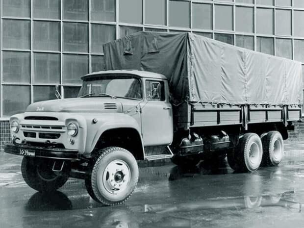 Автомобиль ЗИЛ-133 – первый трехосный грузовик большой грузоподъёмности