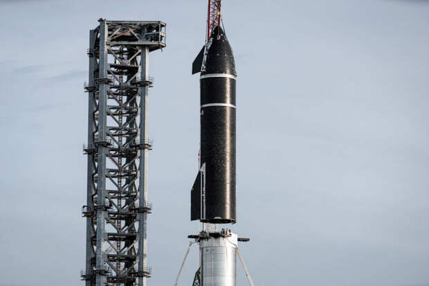 SpaceX собрала самую высокую в мире ракету