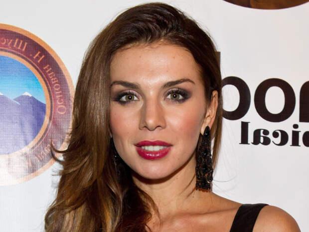 Анна Седокова спровоцировала слухи о романе с Русланом Белым