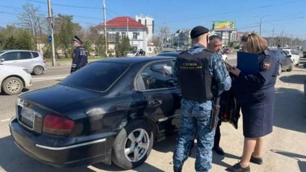 «Дорожный пристав» вышел на охоту за автомобилистами-должниками на Кубани