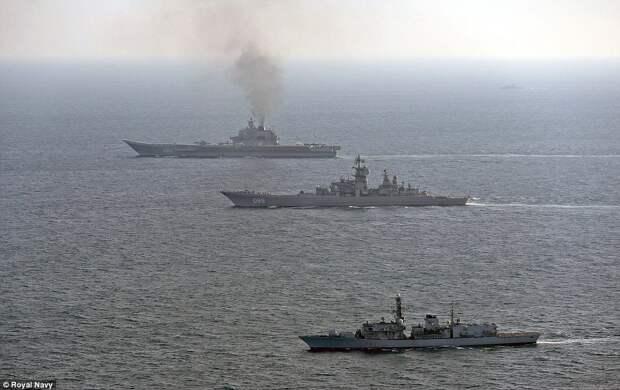 """Британские военные: Мы показали сопровождение российского """"корабля позора"""""""