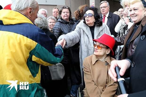 Представители Марии Баталовой готовят новый иск к Наталье Дрожжиной