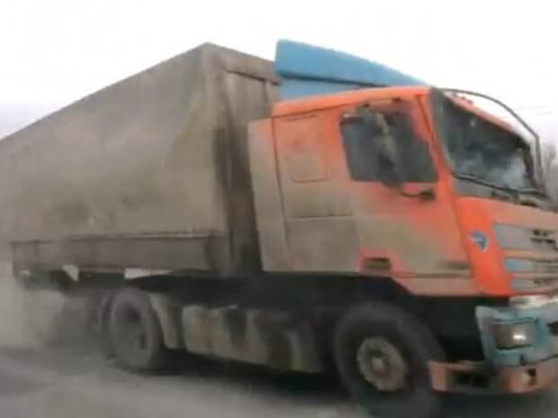 Фура протаранила 15 автомобилей в Новороссийске (ВИДЕО)