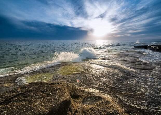 Каспийское море – «два в одном»: море-озеро. И все-таки море!