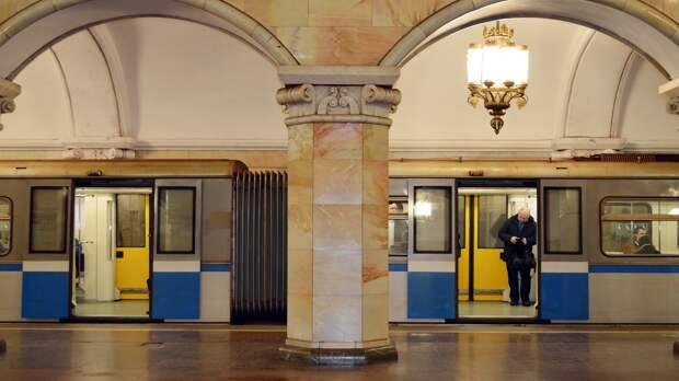 Московское метро отметило 86-летие открытием выставки ретропоездов