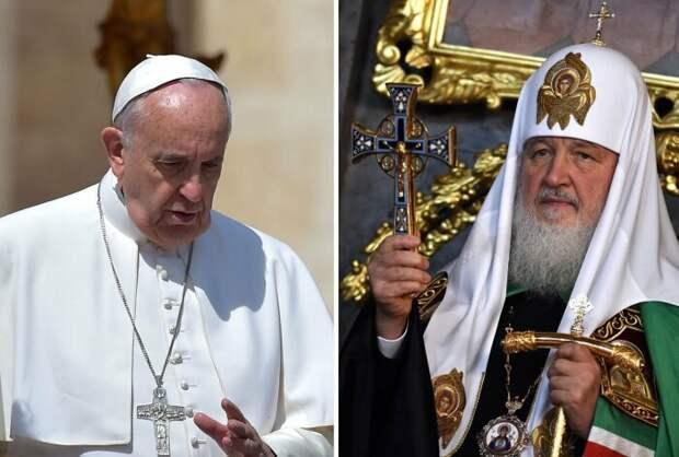 Из-за разных взглядов на вычисление даты Пасхи, католики и православные празднуют этот праздник в разные дни, но бывают исключения, когда они совпадают