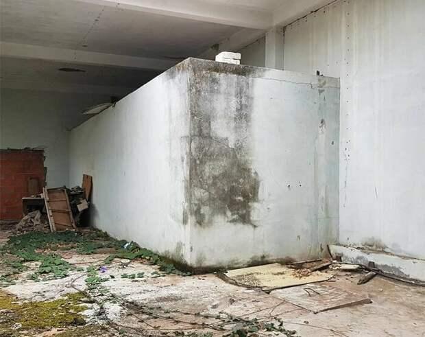 За несколько дней до публикации художник предложил подписчикам угадать, что же он собирается изобразить на бетонном блоке граффити, иллюзия, искусство, серхио одейт, улица, фото, художник