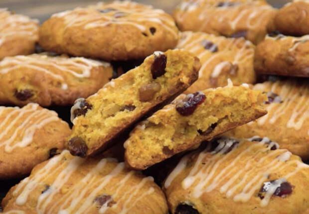 Сделали гору печенья из простых продуктов: бюджетный десерт к чаю
