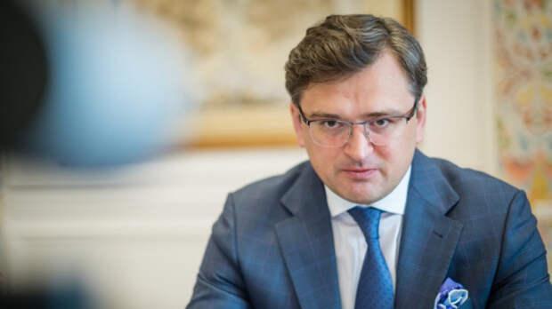 Кулеба объяснил военные учения России в Крыму