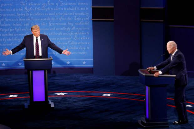 "Трамп и Байден наконец ""схватили друг друга за грудки"""