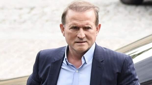 Зеленский оправдывает арест Медведчука началом масштабной борьбы солигархами