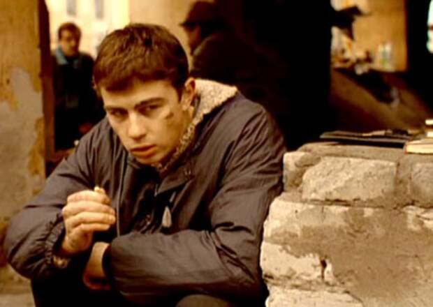 Сергей Бодров в фильме *Брат*, 1997 | Фото: kino-teatr.ru