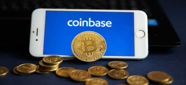 Криптобиржа Coinbase начнет торговать мемной криптовалютой Dogecoin