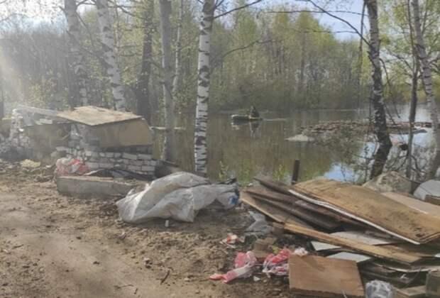 Кдому налодке. Садовые товарищества начали уходить под воду вНижнем Новгороде