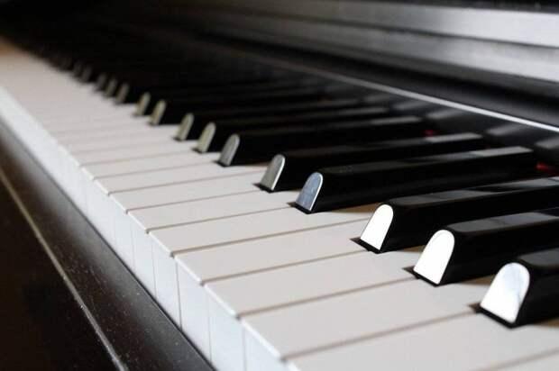 Российский пианист Николай Кузнецов победил на международном конкурсе в Монако