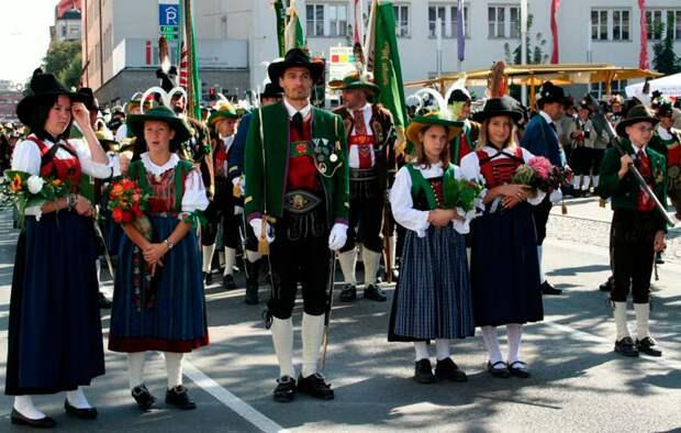 Тирольский народный праздник