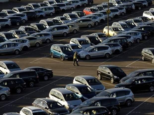 Треть российских автодилеров могут разориться в следующем году