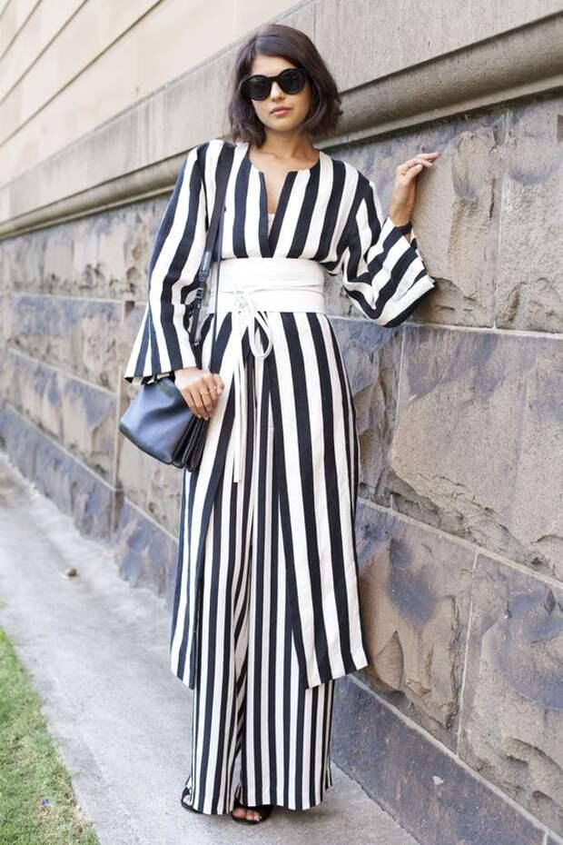 платья в полоску мода 2021 2022