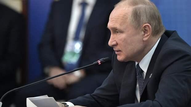 """""""Эрнсту и Добродееву икалось? Неспроста"""": Зрителей ТВ насторожил ледяной тон Путина"""