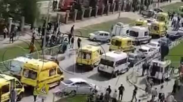 Трех подозреваемых в стрельбе в Казани везут в полицию