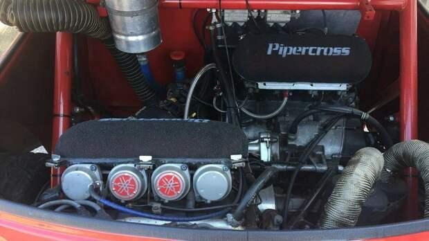 Cверхестественный классический MINI с двумя моторами от спортбайка общей мощностью 350 л. с.