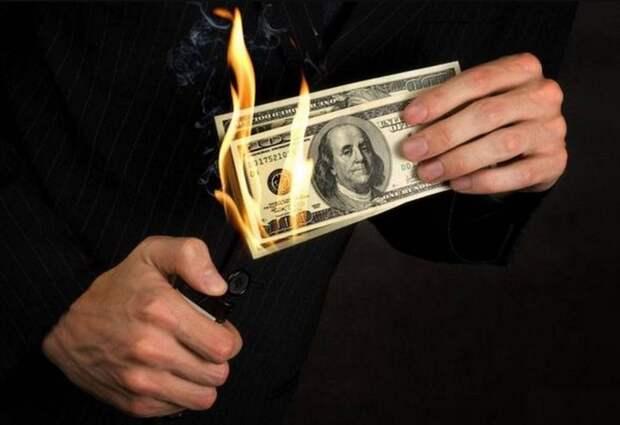 Байден вводит санкции из-за успешных действий Москвы по снижению роли доллара в мире