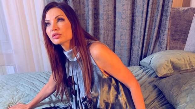 Эвелина Бледанс рассказала, как вместе с Куценко провела ночь на кладбище