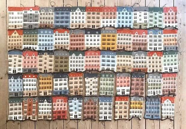 Мужчина связал плед, состоящий из домиков Петербурга 🎨 Когда всю жизнь хотел стать архитектором, нашел себя в пряже и спицах 😍 Как вам? 👇