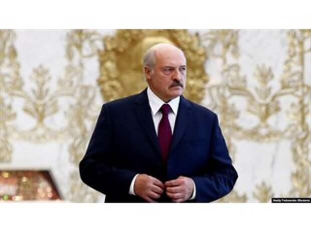 Отрекаясь от прошлого, Лукашенко лишает себя политического будущего